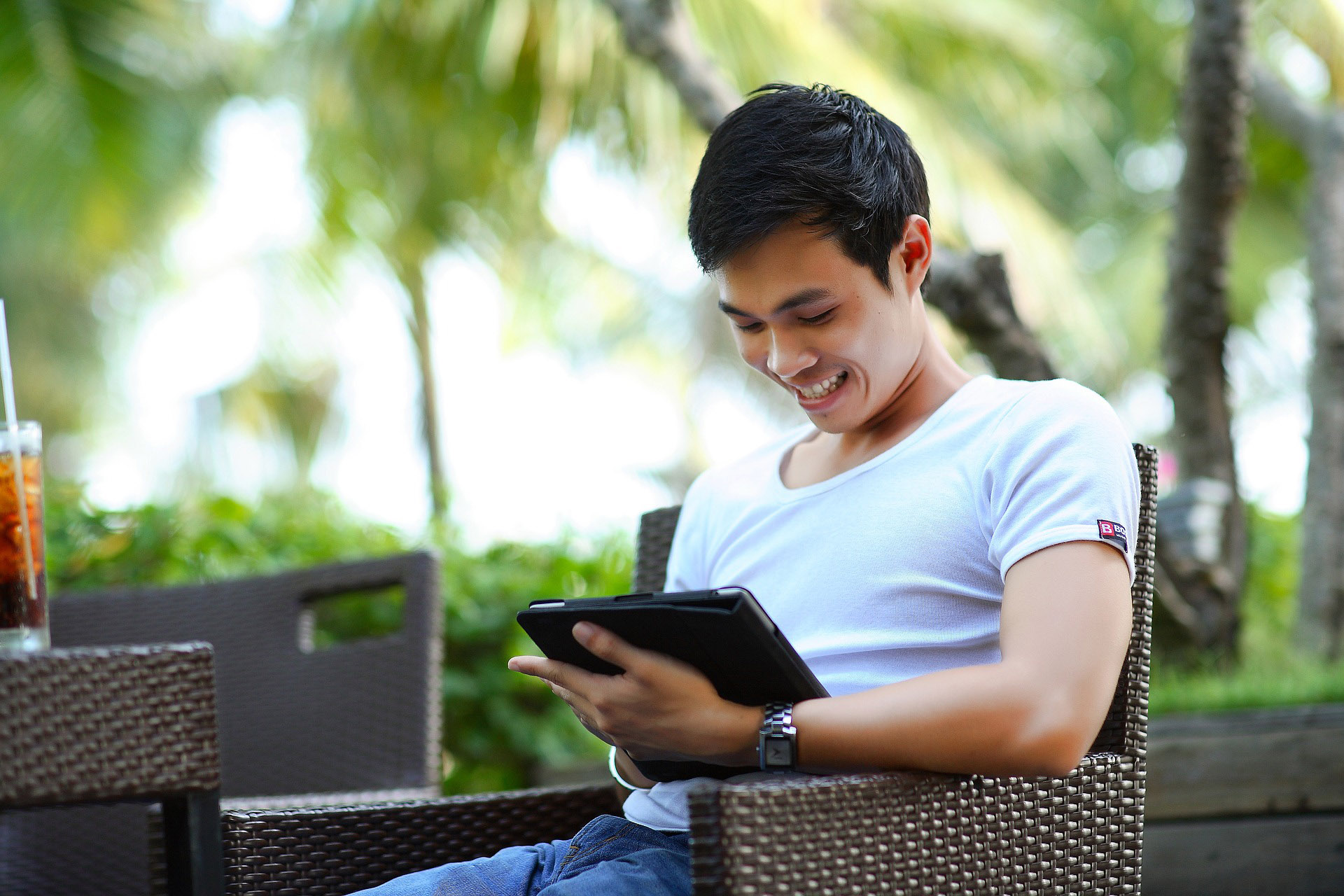 5 Simple Strategies to Prevent or Minimise the Effects of Text Neck